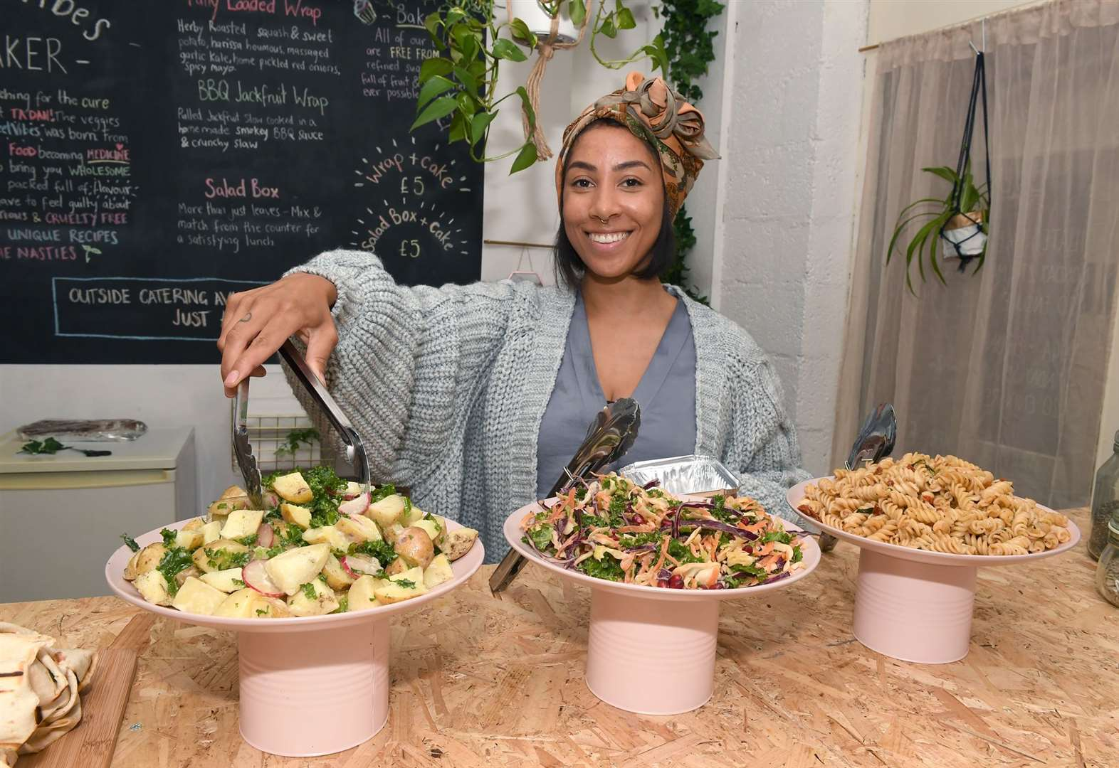 Newark's first all-vegan eaterie opens
