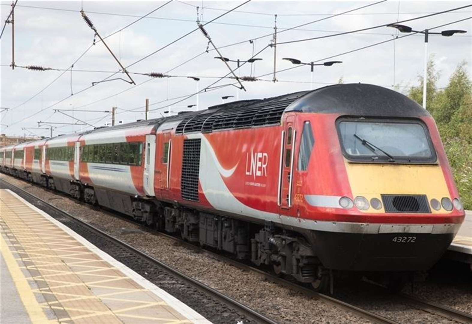 Person hit by train between Grantham and Newark Northgate