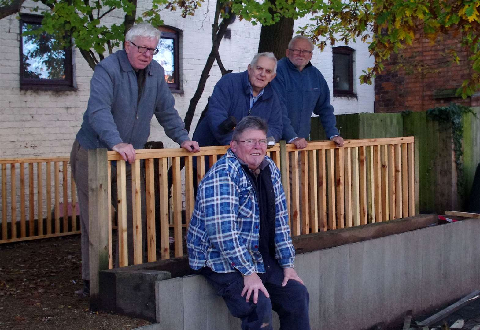 Men in Sheds upgrade school playground for outdoor teaching