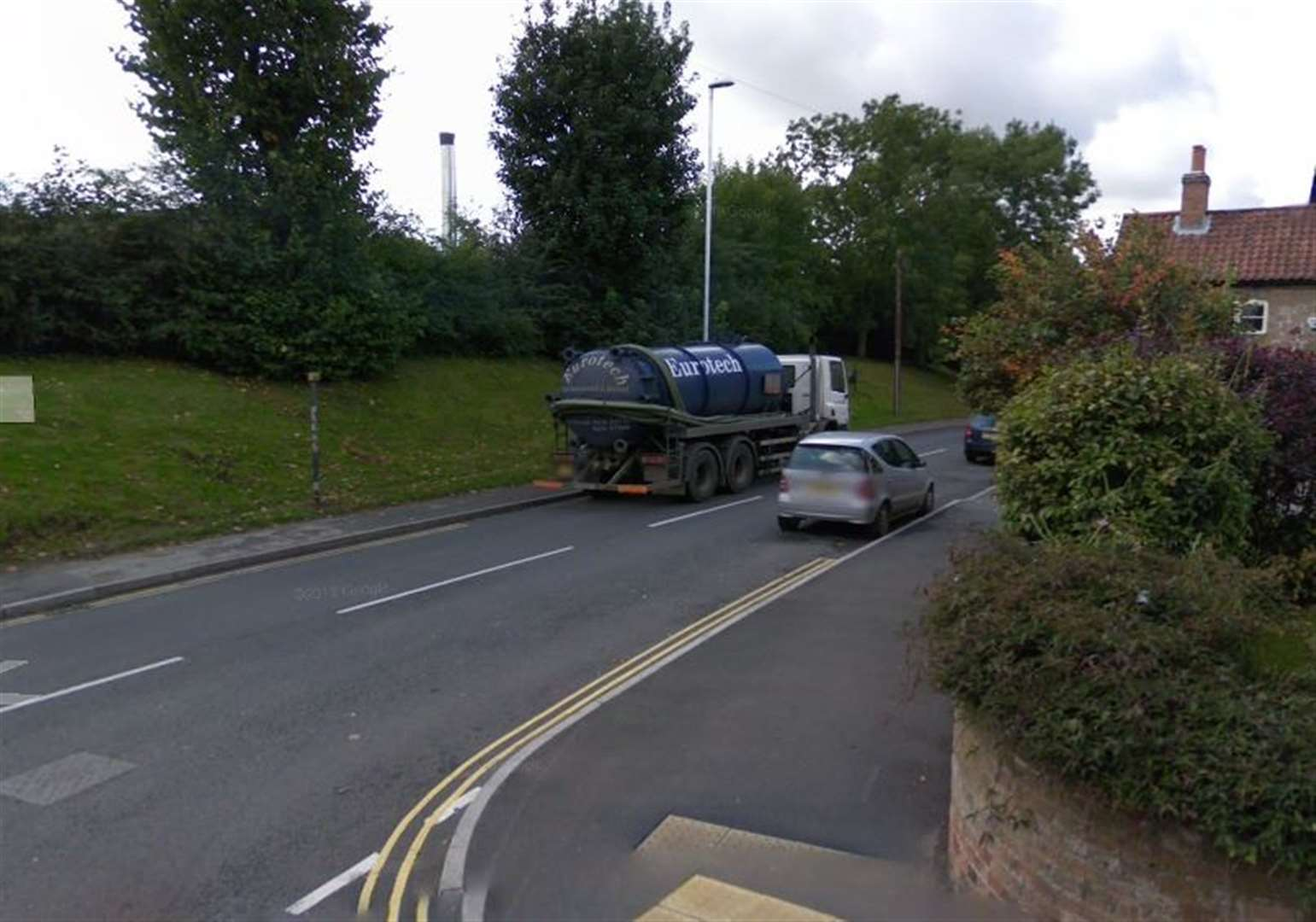 Council looks to tackle 'inconsiderate parking'