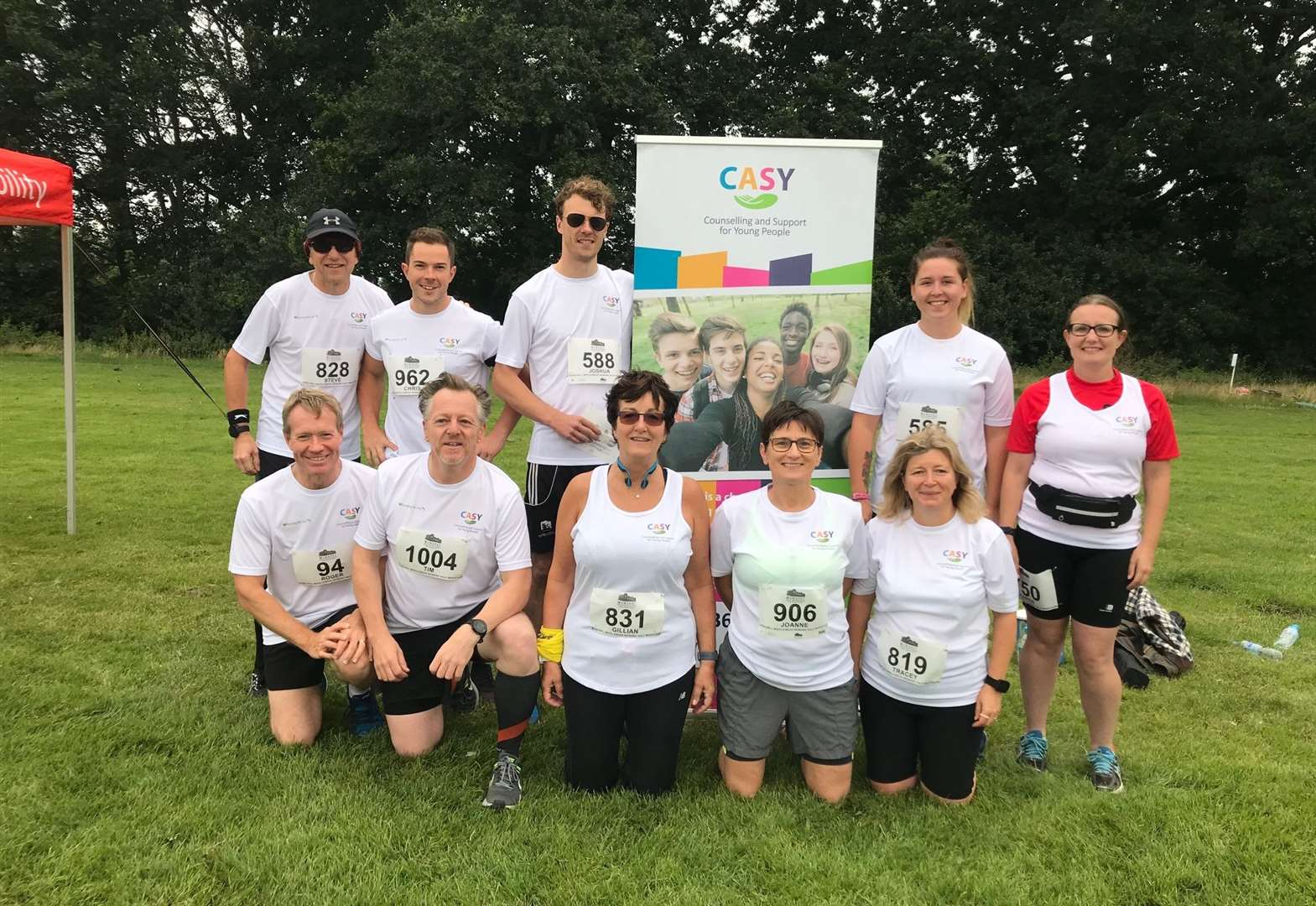 Runners raise £10,000 for charity