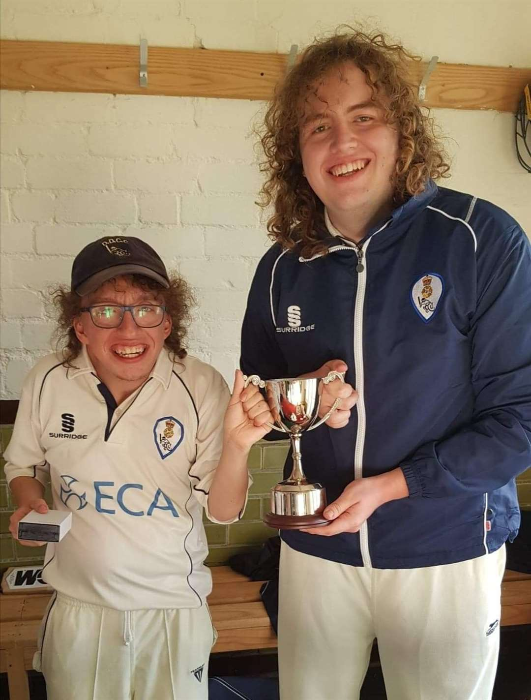 CALLUM and Kieran Owen won the Super 9s final with Derbyshire.