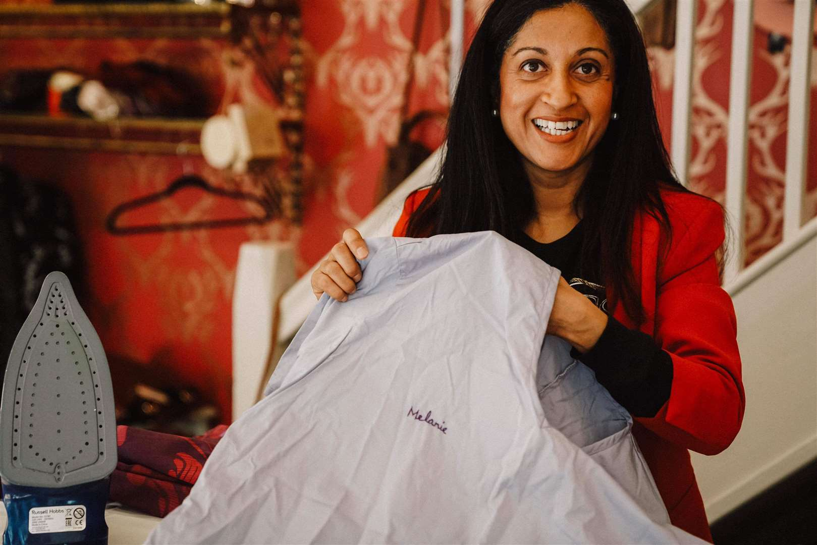 Hajra Kemari is supporting the NHS by producing scrubs. (34835040)