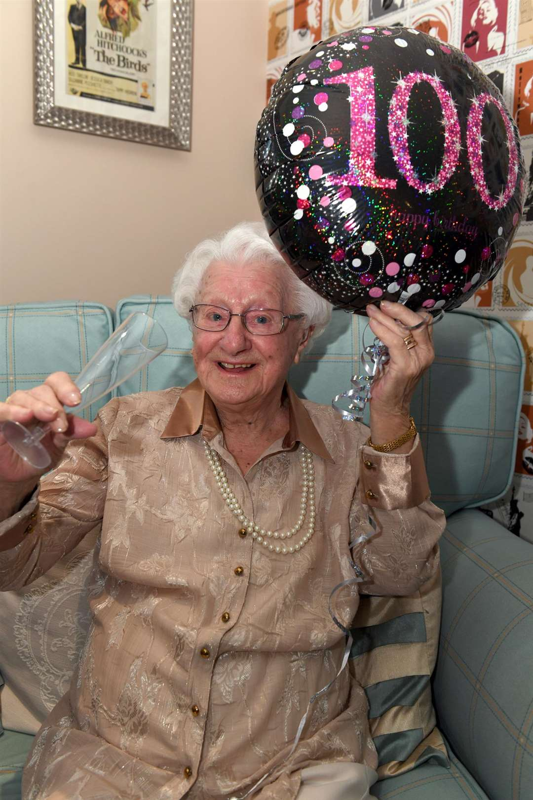 Bowbridge Court Care Home resident Kathleen Treharne, celebrating her 100th birthday.. (6401431)