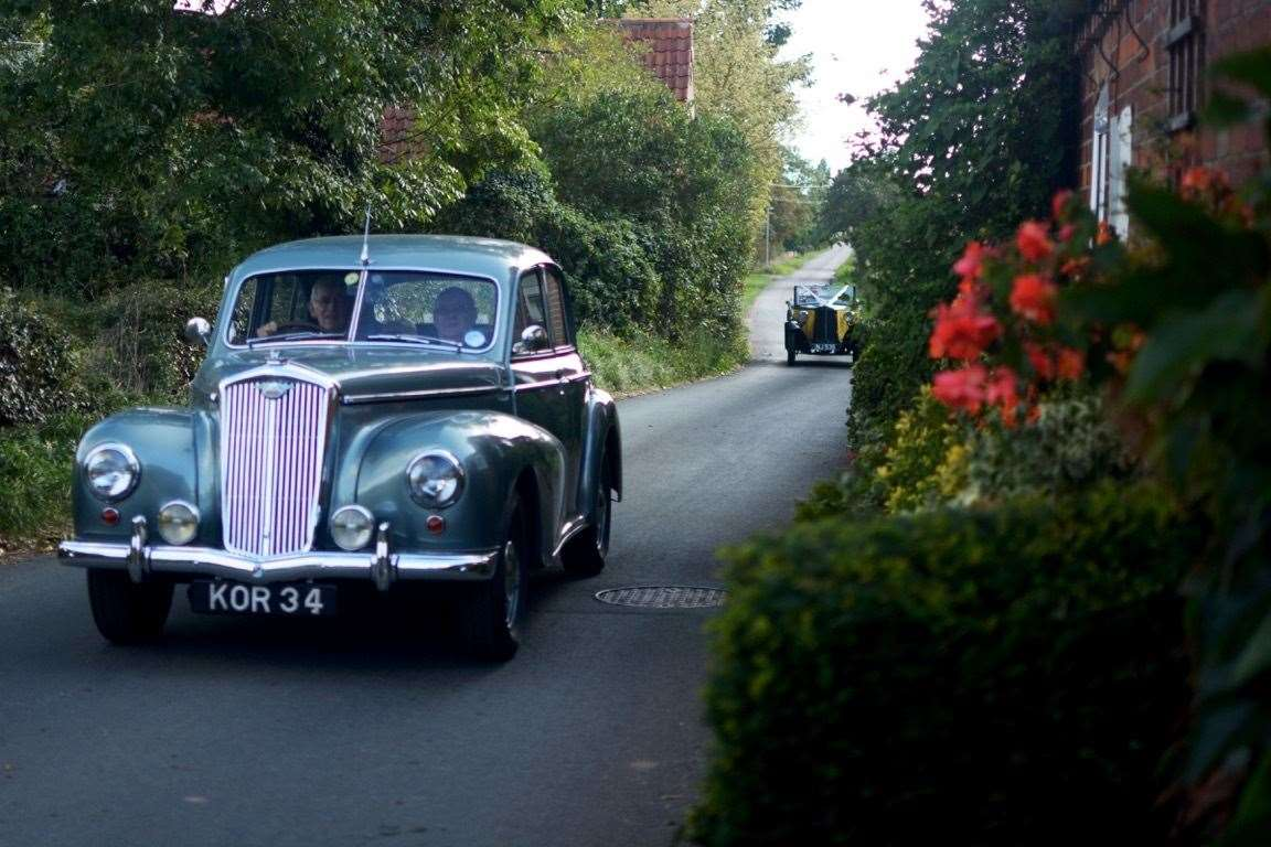 Vintage vehicles in Collingham (42349511)