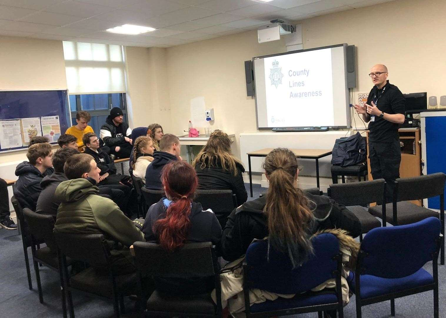 PC NICK STENNER talks to students at Newark College.