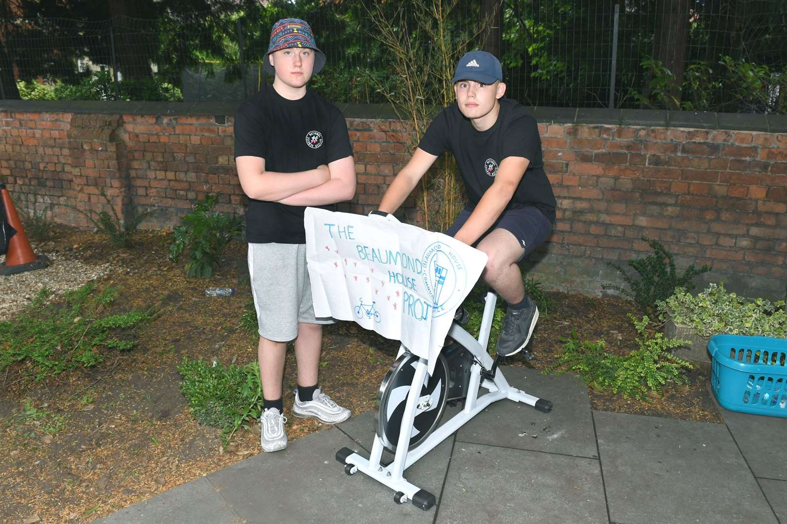 Toothill School students had their bikes stolen from outside Newark Library while they were doing a sposored cycle for Beaumond House. L-R Alex Jackiewicz 16 and Bradley Neal 16. 180719DD1-2. (13982907)