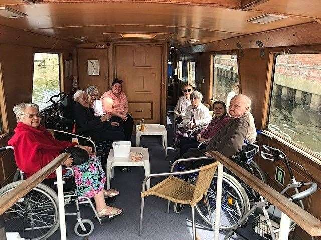 Care home residents enjoyed a boat trip along the River Trent (13978054)