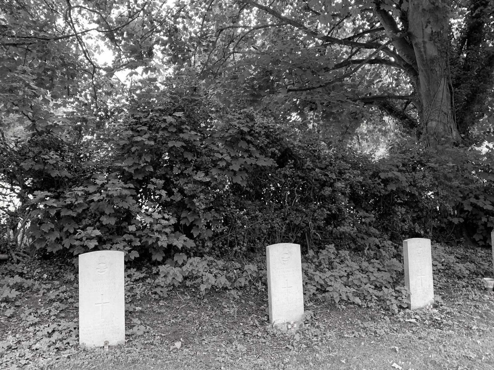 They shall not grow old - the headstones of the fallen three in St Peter's Churchyard, East Bridgford. (38857171)
