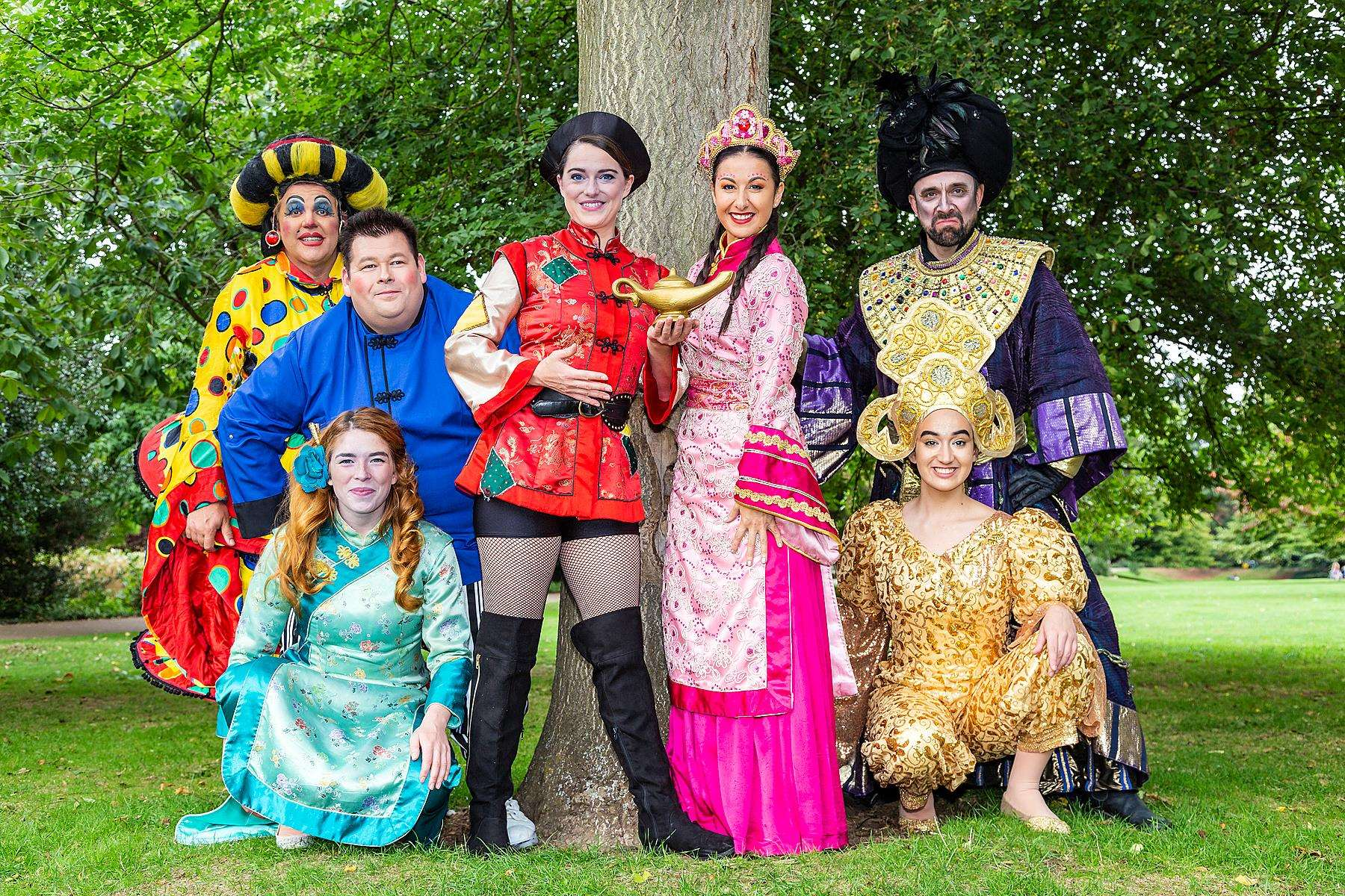Cast of Newark Palace Theatre Christmas pantomime Aladdin to take part in annual launch