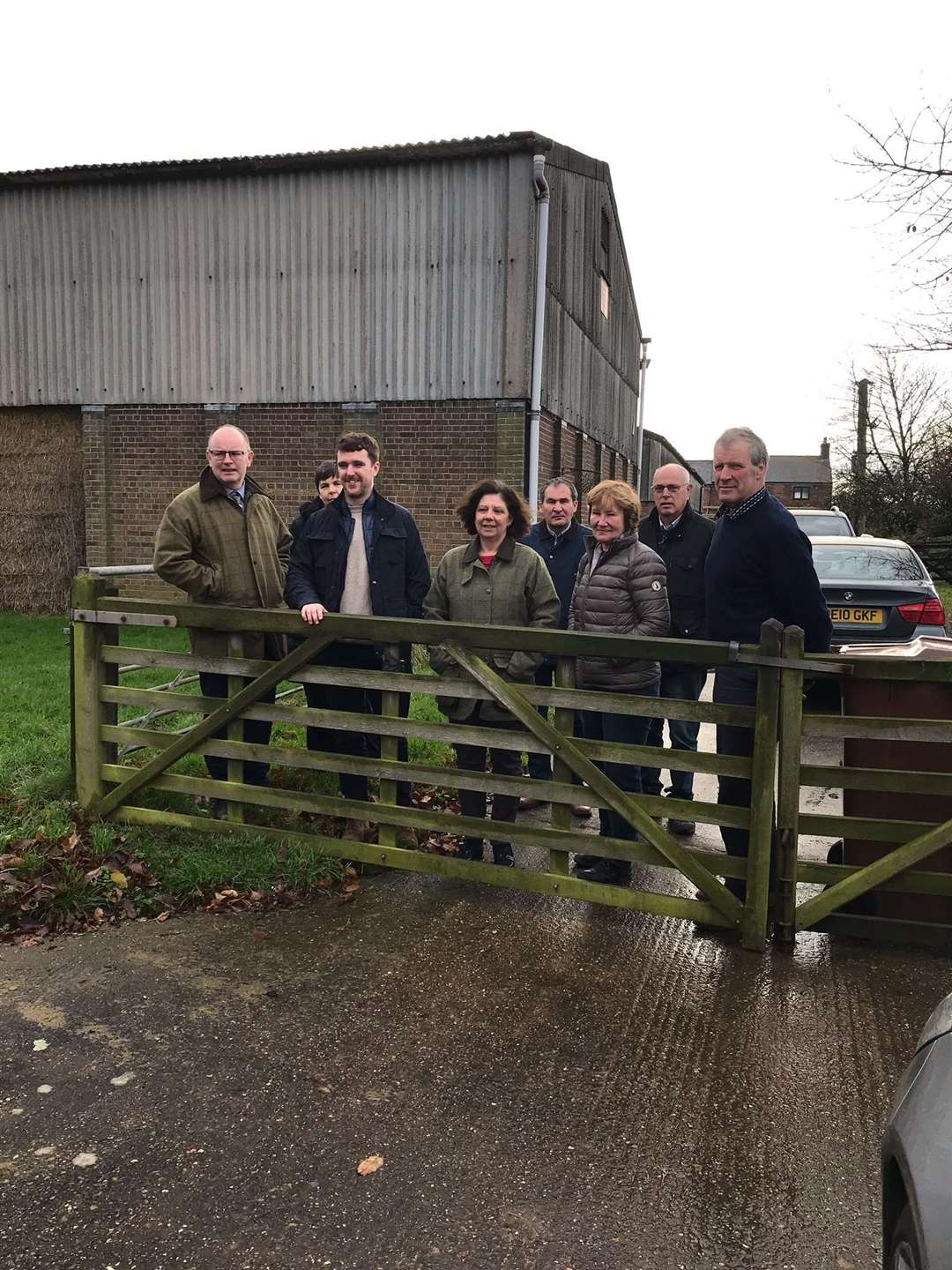 James Baggaley meets members of the NFU. (22498784)