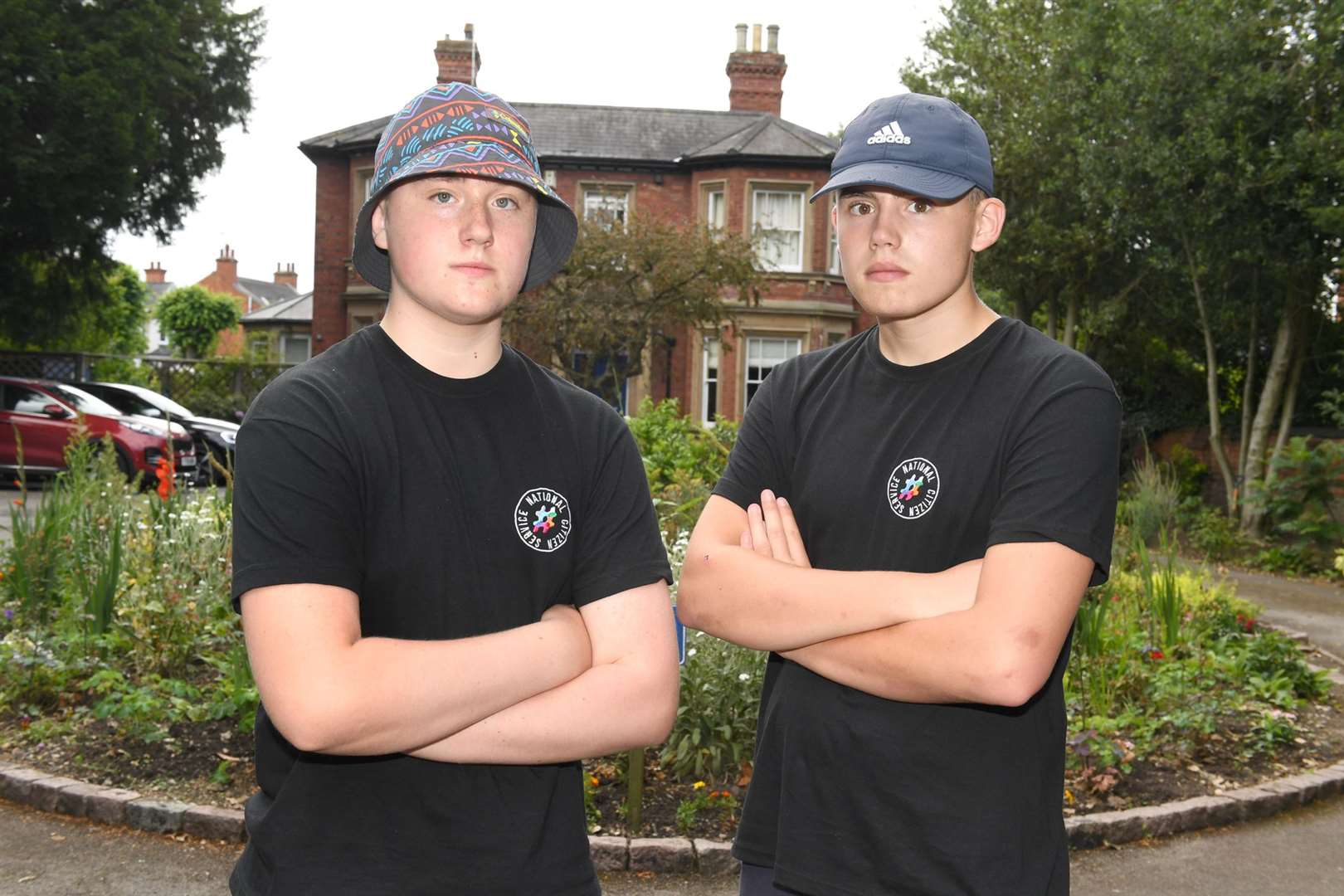 Toothill School students had their bikes stolen from outside Newark Library while they were doing a sposored cycle for Beaumond House. L-R Alex Jackiewicz 16 and Bradley Neal 16. 180719DD1-5. (13983019)
