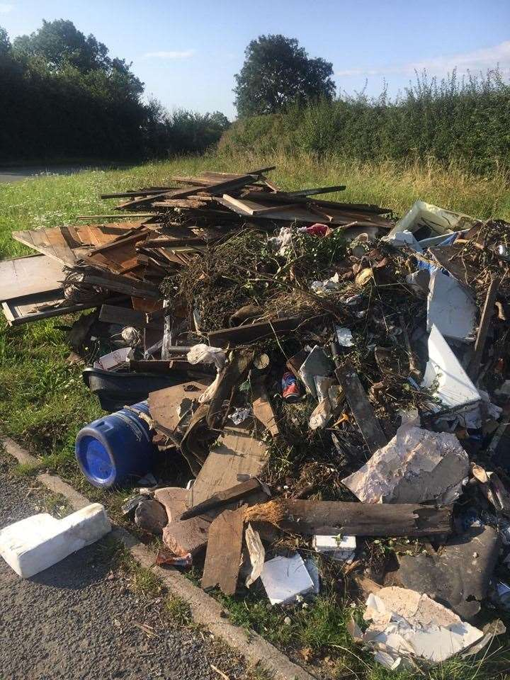 Fly-tipped rubbish found near Cotham. (15179019)